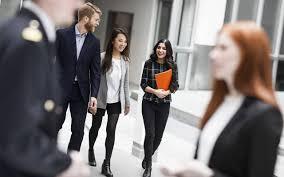 career hapag lloyd navigate your future