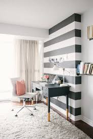 stripe wallpaper work decorating brunches white combination