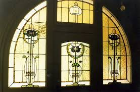 leadlight supplies stained glass windows