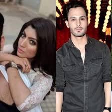 Riaz Sahab Designer Bigg Boss 13 Akanksha Puri Claims Paras Chhabra Lent His