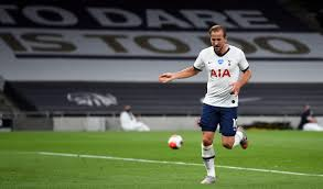 Premier League: Harry Kane stars as Tottenham Hotspur beat West Ham 2-0 to  keep Champions League hope alive