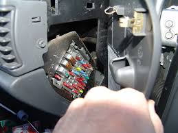 easy repair info quick fix for dead car battery 2004 buick century battery goes dead sparky s answers