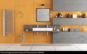 Modernes Badezimmer Mit Waschbecken Lizenzfreies Bild 18978539