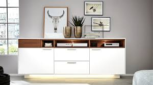 Interliving Wohnzimmer Serie 2102 Sideboard 510266 Mit Beleuchtung Dunkles Asteiche Furnier Weißer Mattlack Zwei Tü