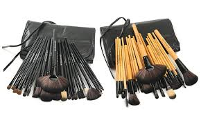 cosmetic brush set. makeup brush set with vegan leather case (24-piece): cosmetic