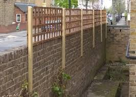 garden fencing east london. trellis increases privacy in the garden while allowing light and not entirely shutting off views out. fencing east london e