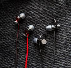 Rock Your <b>Noodle</b> With These Killer New <b>In-Ear Buds</b>   WIRED