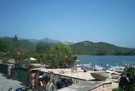File:La spiaggia del lago di Piediluco.jpg - Wikipedia