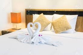 Schöne Luxus Kissen Auf Dem Bett Dekoration Im Schlafzimmer