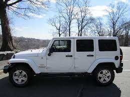 black jeep wrangler 4 door hardtop