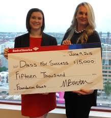 bank of america is helping young women leaving foster care dress senior vice president at bank of america and jessica hewitt left vice president at bank of america present dress for success oregon a 15 000