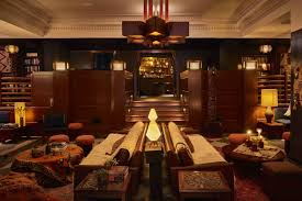 Living Room Bar Chicago Best Ideas For Staycations In Chicago Neighborhoods