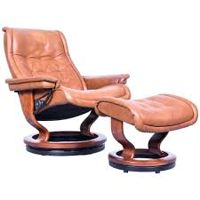 leather armchair with footstool royal and set brown recliner chair for black reclining leather armchair with footstool