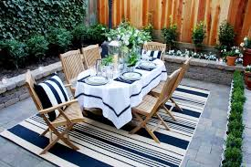 dining striped outdoor rug