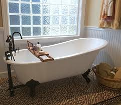 61 cast iron slipper tub with 7 faucet hole drillings oil rubbed bronze