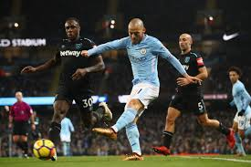 West ham united 1, manchester united 3. Manchester City Vs West Ham 2017 Premier League Final Score 2 1 David Silva Gives City Another Comeback Win Bitter And Blue