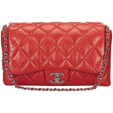 Chanel Red Quilted Lambskin Flap Bag For Sale at 1stdibs & Chanel Red Quilted Lambskin Flap Bag 1 Adamdwight.com