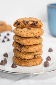 they re very chewy which i was kind of surprised by because graham ers are not chewy however it s probably because they re thick like a drop cookie