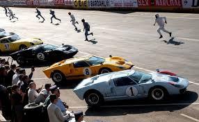 Basé sur une histoire vraie, le film suit une équipe d'excentriques ingénieurs américains menés. Die Ford Gt40 In Le Mans Aus Hollywood Perspektive Filmrezension Literatur Filme Zwischengas