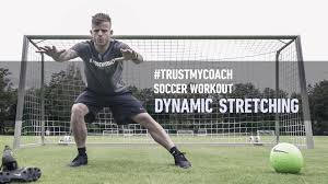 dynamic stretching for soccer players best warm up exercises before a soccer match