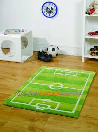 childrens football pitch rug 70cm x 100cm