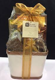 gourmet gift basket baskets towers nuts candy chocolate broadway rc