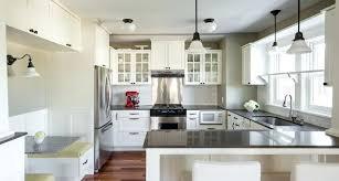 antique white kitchen cabinets best antique white paint color for kitchen cabinets antique white kitchen