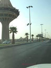 بلدية الخرج تزين شوارع المحافظة بالأعلام بمناسبة اليوم الوطني » صحيفة الخرج  نت