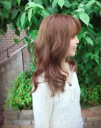 軽く女の子らしいヘアスタイル 巻いても巻きやすくて髪の多い方に