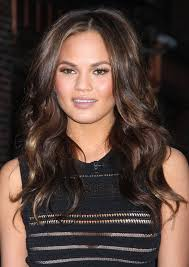 Christine diane teigen (born november 30, 1985) is an american model, television personality, author, and entrepreneur. Chrissy Teigen Long Wavy Cut Chrissy Teigen Hair Lookbook Stylebistro