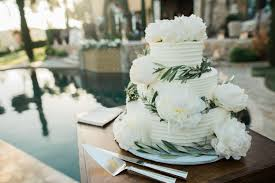 10 Years Of Wedding Cake Trends 2007 2017 Weddingwire