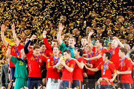 Футбол в Испании история система лиги трофеи Эль Класико  История футбола Испании
