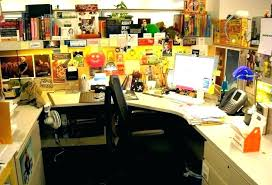 decorating your office desk. Fine Decorating Office Desk Decoration Ideas Ways To Uniquely Decorate Your  Plants Enchanting Decor Lovable  And Decorating