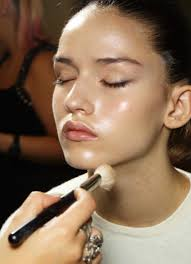glowing skin means fresh young and healthy looking skin and isn t that every woman s dream makeup artist cristina vila tells you exactly how to achieve