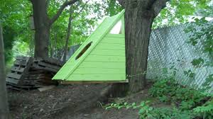Hanging Tree House Relaxshackscom A Brand New Micro Green Hanging Floating Cedar
