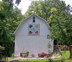 Marshall County Barn Quilt Bicentennial Legacy Project Approved by ... & No two Barn Quilts are the same, just as traditional quilts vary in size,  color, and style. Many of the quilts patterns tell stories about family,  history, ... Adamdwight.com