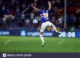Mikkel Damsgaard von UC Sampdoria im Einsatz während des Serie-A-Spiels  zwischen UC Sampdoria und AC Mailand. AC Milan gewinnt 1-0 gegen UC  Sampdoria Stockfotografie - Alamy