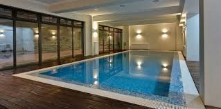Hotel piscina poiana brasov