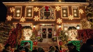 the best christmas lights nyc offers