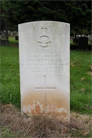 19.05.1942 No. 15 Squadron Stirling I W7523 LS-C Sgt. Douglass