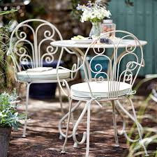 pretty metal patio set
