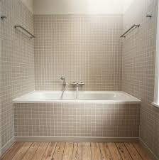 what types of bathtub liners are available