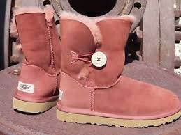 Image is loading New-Womens-UGG-BAILEY-BUTTON-Auburn-Short-Sheepskin-
