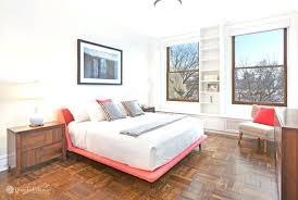 rug under bed hardwood floor. Contemporary Hardwood What Size Rug For Bedroom Queen Bed Hardwood Under Wooden  Flooring Designs  And Rug Under Bed Hardwood Floor M