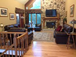adams street country lodge upstairs living room open to all who stay at lodge