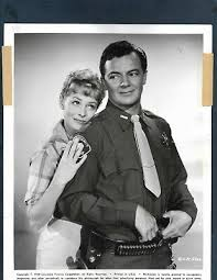 SONYA WILDE & JAMES FRANCISCUS IN I Passed for White 1960 ORIG VINTAGE  PHOTO 266 - £7.39 | PicClick UK