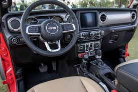 08 jeep wrangler rubicon 2018 front row interior jpg