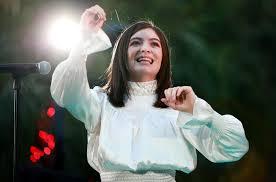 Lorde Rallies for Secret LA Concert Following Flu-Ridden VMAs ...
