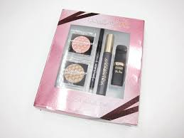 this l oreal holiday makeup kit 29 99 is one of several l oreal holiday 2017 gift sets that launched at ulta recently i m pretty impressed with