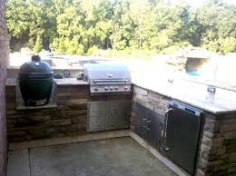 charming big green egg outdoor kitchen ideas top big green egg built into outdoor kitchen jpg